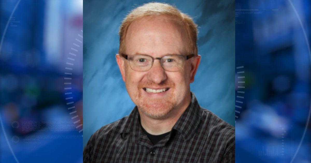 Former Winfield City HS teacher accused of sending nude