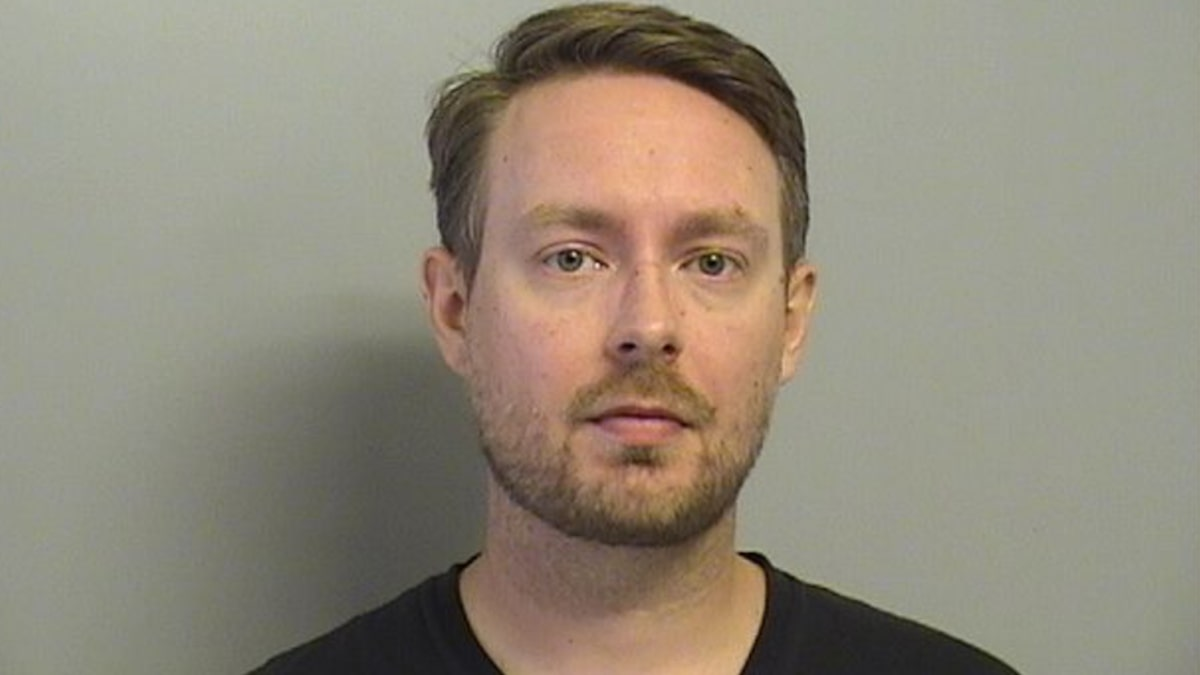 Teacher allegedly sent nude pic to 14-year-old girl - KOAM